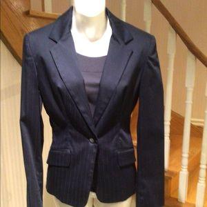 ⬇️Price drop Navy blue pinstripe boyfriend jacket